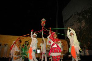 Maria Corona Wows Folkloric Show