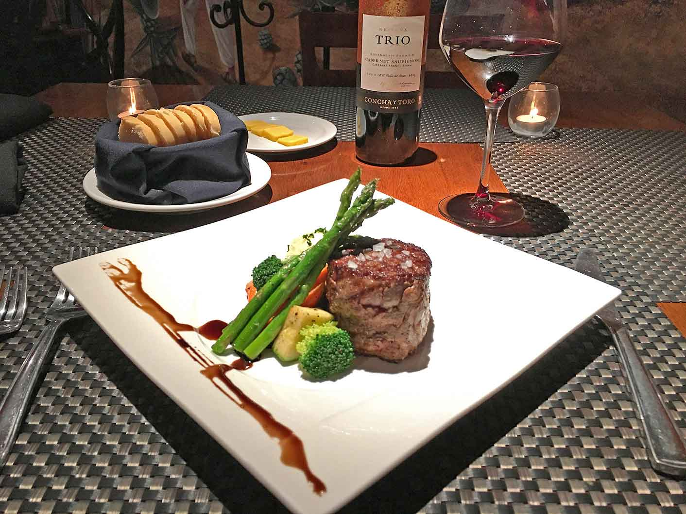 Filet Mignon at Cabo Wine and Jazz, downtown