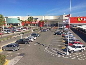 Centros Comerciales y Plazas