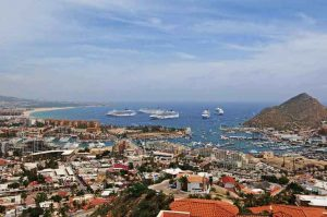 September 28, 2009 - Today there were five cruise ships, at one time, in the Cabo San Lucas harbour,
