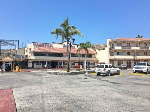 Super Plaza Aramburo, downtown Cabo San Lucas, June 2016
