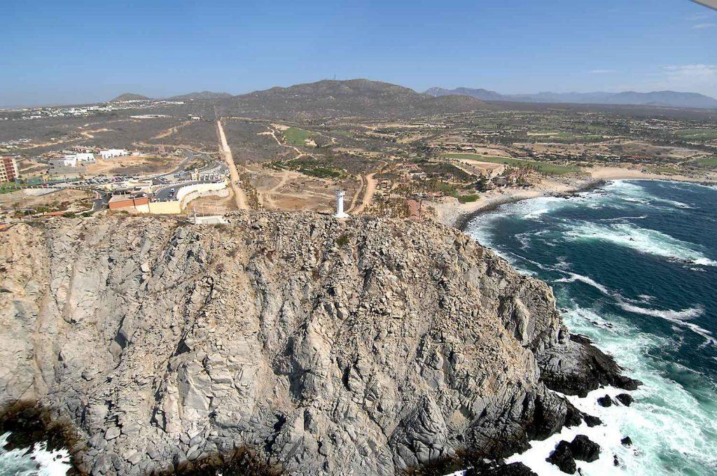 lighthouse-punta-ballena-cabo-0381-2