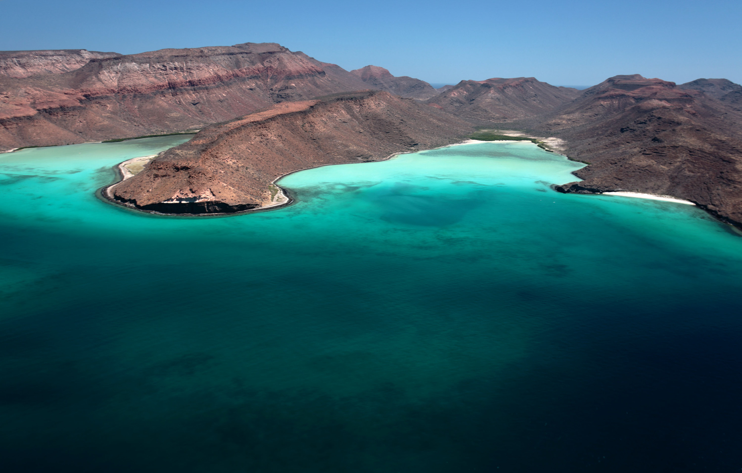 Espiritu Santo and Isla Partida Island