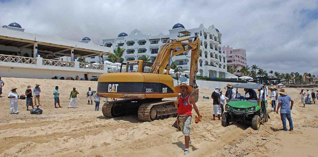 heavy-equipment-medano-beach-cabo-04sept17-2307.rx2