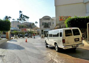 Affordable airport shuttle service is available at Wyndham Cabo San Lucas Resort, and Hotel Mar de Cortez.