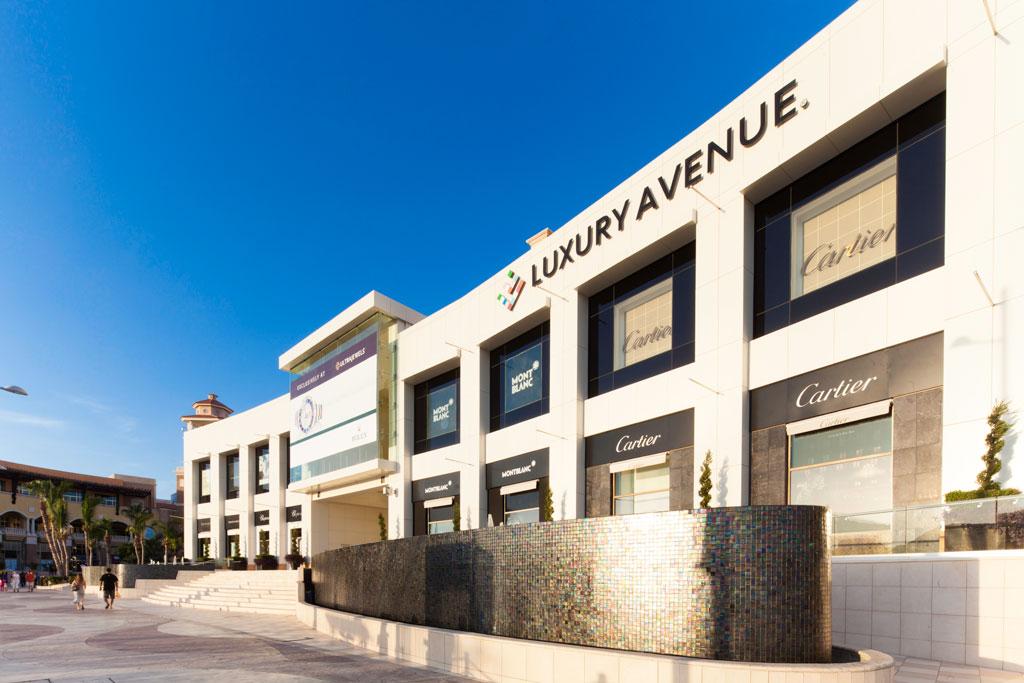 luxury-avenue_cabo_san_lucas