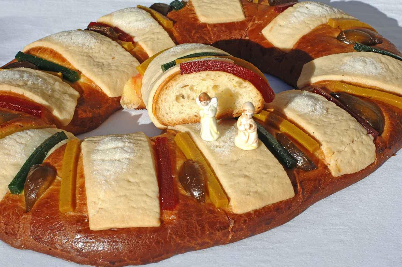 Rosca de Reyes Mexican Sweet Bread - Los Cabos Guide