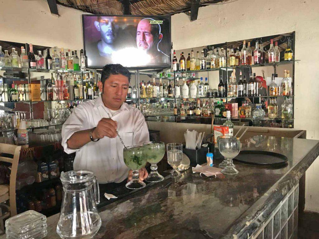 Estebans Bar Karaoke Cabo San Lucas 4