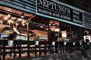 Neptunos Mariscos Music drinks Cabo San Lucas