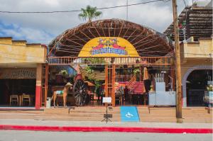las-guacamayas-restaurant-cabo
