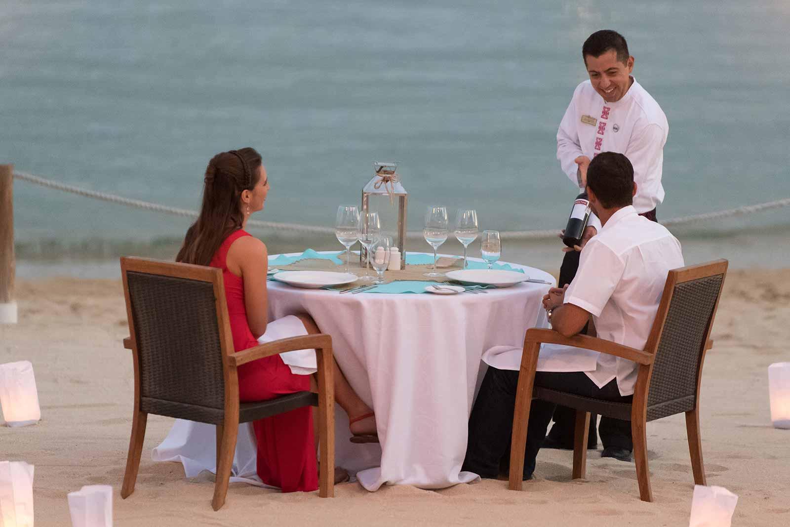 Ocean side dining Casa Dorada
