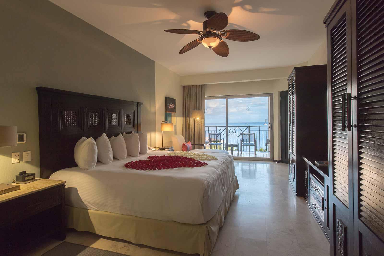 Room Casa Dorada Cabo