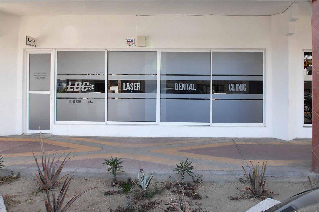 Laser Dental Clinic - Dr. Roberto Altamira. Cabo San Lucas-altamira-dds-23-apr-2019-jat-1686-r2