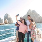 Pez-Gato-CaboMar-Sunset-Dinner-Cruise-Cabo-Friends