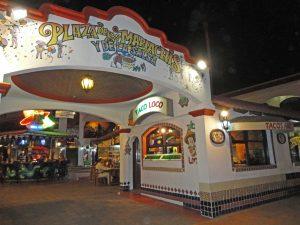 taco-loco-plaza-mariachis-cabo-2