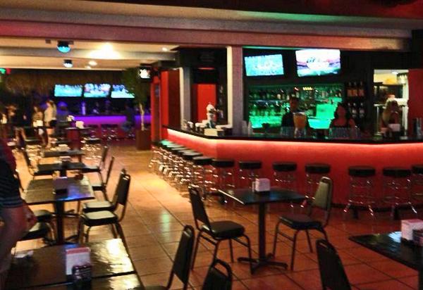 rockstone-tavern-cabo-08