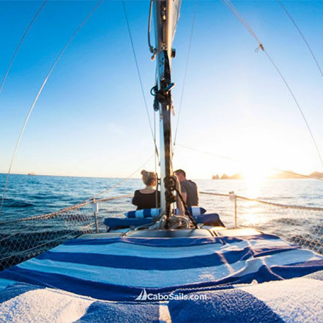 Come out and live the sailing experience!