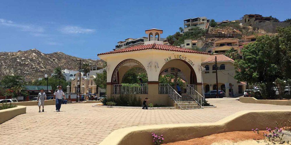 Viva La Plaza Cabo San Lucas!